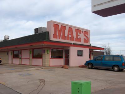 Mae's in Yukon, OK