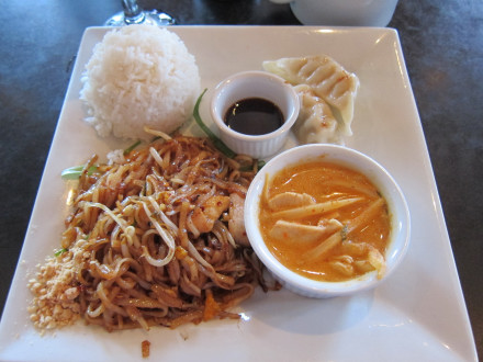 Pad thai and yellow curry on lunch special