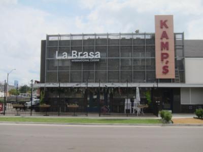 La Brasa next door to Kamps