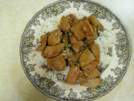 Pork clay pot in a take-home order