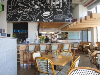 Basico Bistro's dining room